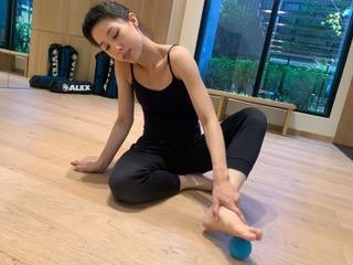 筋膜球腳底舒緩